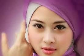 Bibir Indah Sehat